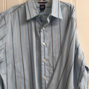 GAP fitted premium dress shirt L 16-16 1/2